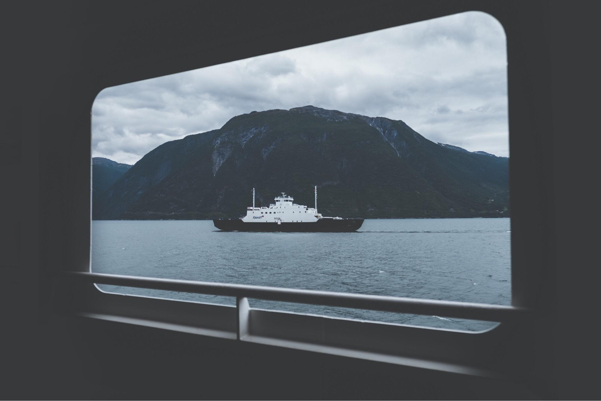 バンライフイギリス van life to uk ferry